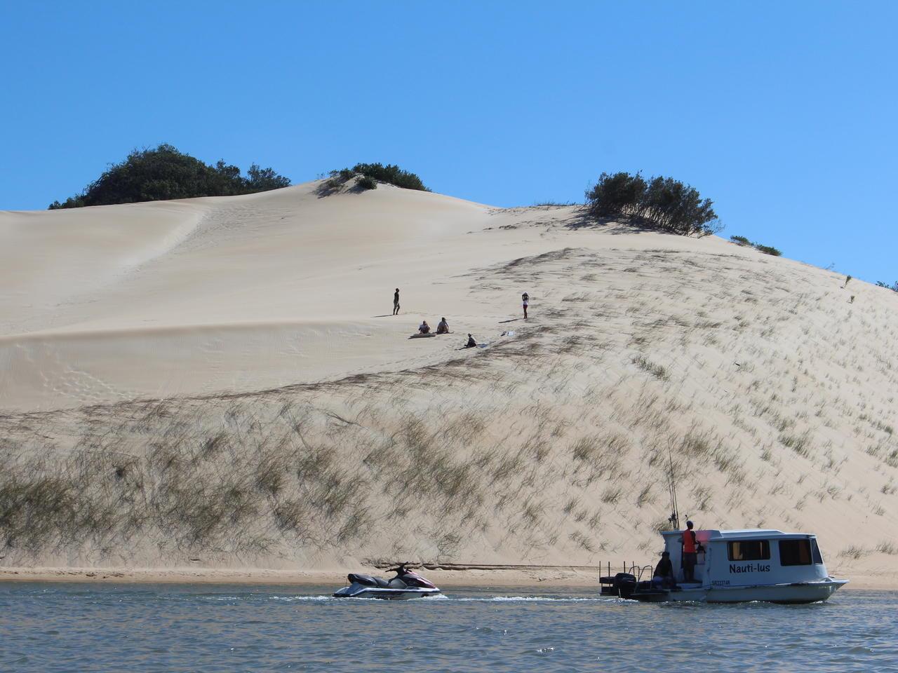 Sundays river sand boarden