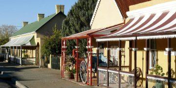 Die Tuishuise & Victoria Manor